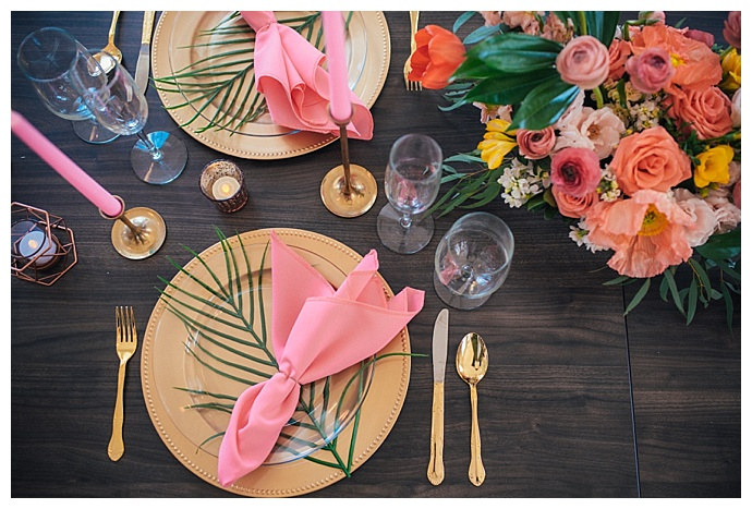 gold and pink wedding decor
