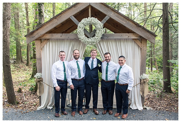 no jacket groomsmen look