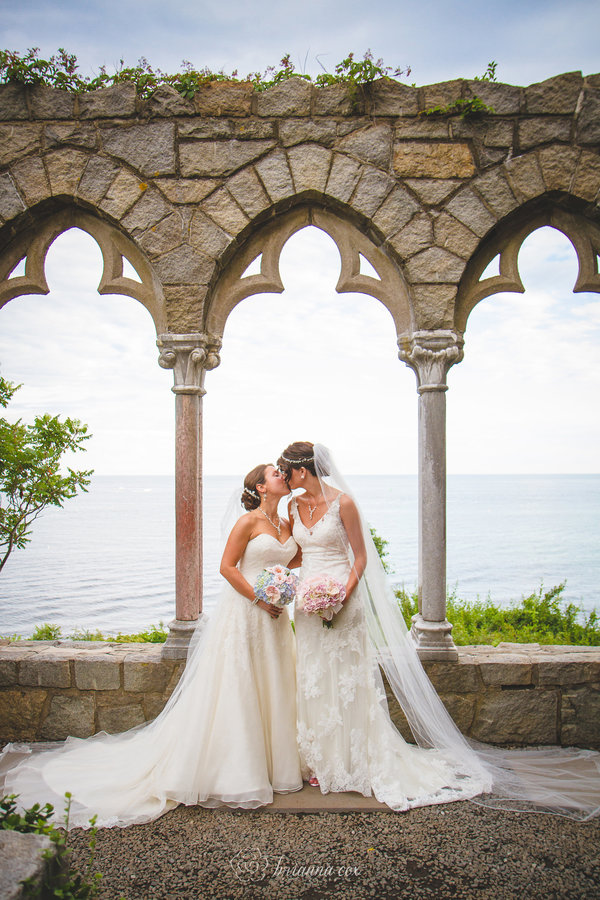 hammond-castle-massachusetts-same-sex-wedding