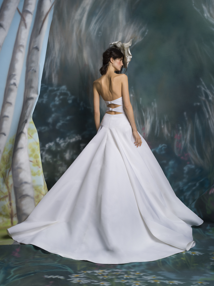 isabelle-armstrong-spring-2019-strapless-wedding-dress