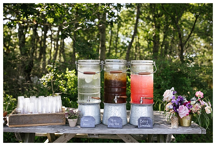 outdoor wedding drink stand