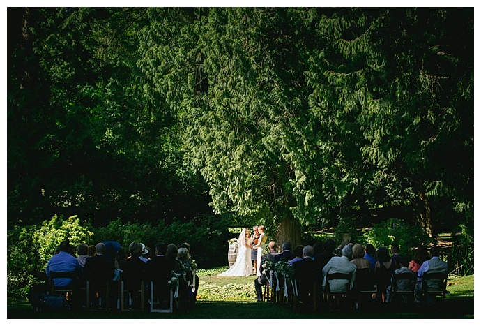 outdoor-wedding-venues-seattle-angela-and-evan-photography