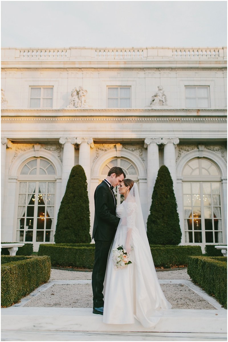 rosecliff-mansion-wedding-rhode-island