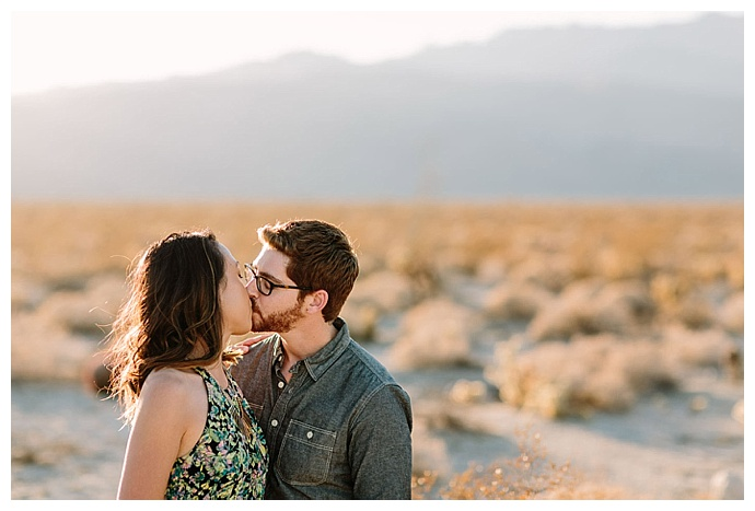 san-diego-desert-engagement-lets-frolic-together