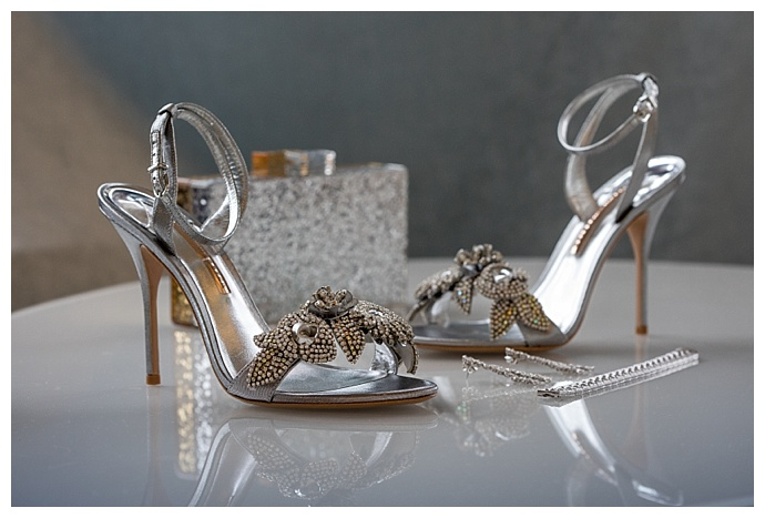 silver-wedding-heels-brett-matthews-photography