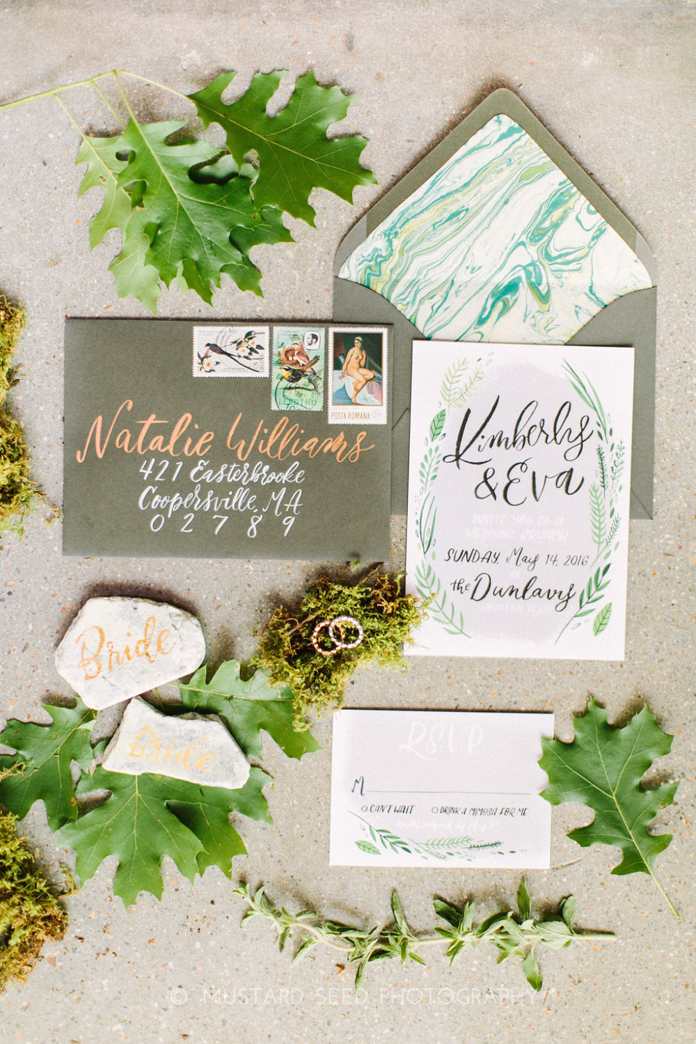 two-toned-wedding-envelope-lettering