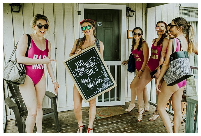 bachelorette party sign ideas