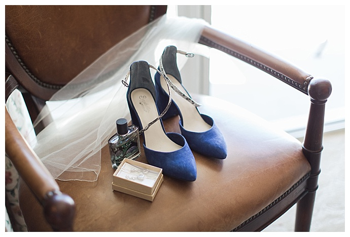 pointed toe blue wedding heels