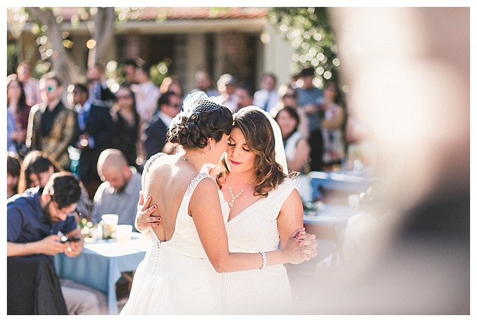 frances-tang-photography-lesbian-wedding-first-dance