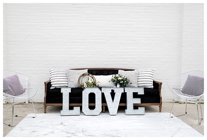 love-wedding-sign-kristen-weaver-photography