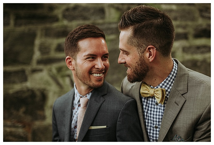 bhunterco-photography-wedding-suit-with-patterned-shirt