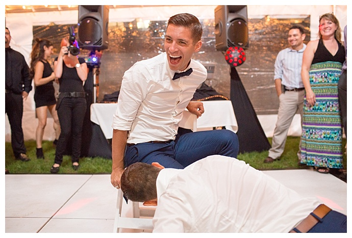 ciao-bella-studios-gay-wedding-garter-toss