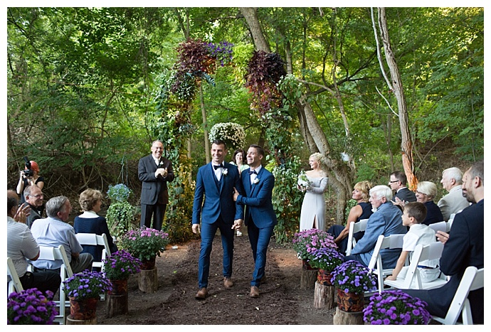 ciao-bella-studios-upstate-new-york--backyard-wedding