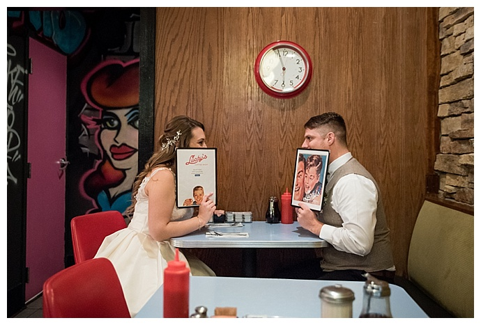 diner wedding photos