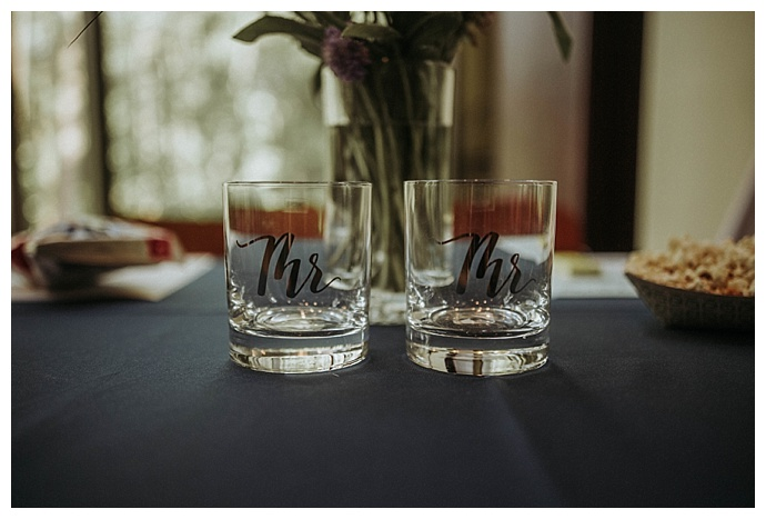 mr-and-mr-cocktail-glasses-bhunterco-photography