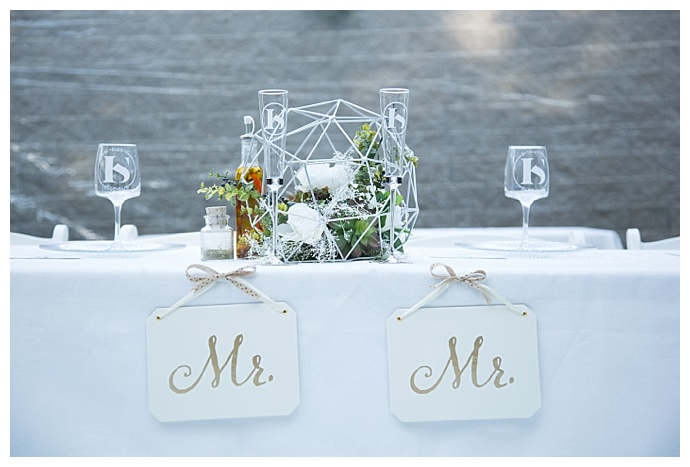 mr-and-mr-head-table-signs-ciao-bella-studios