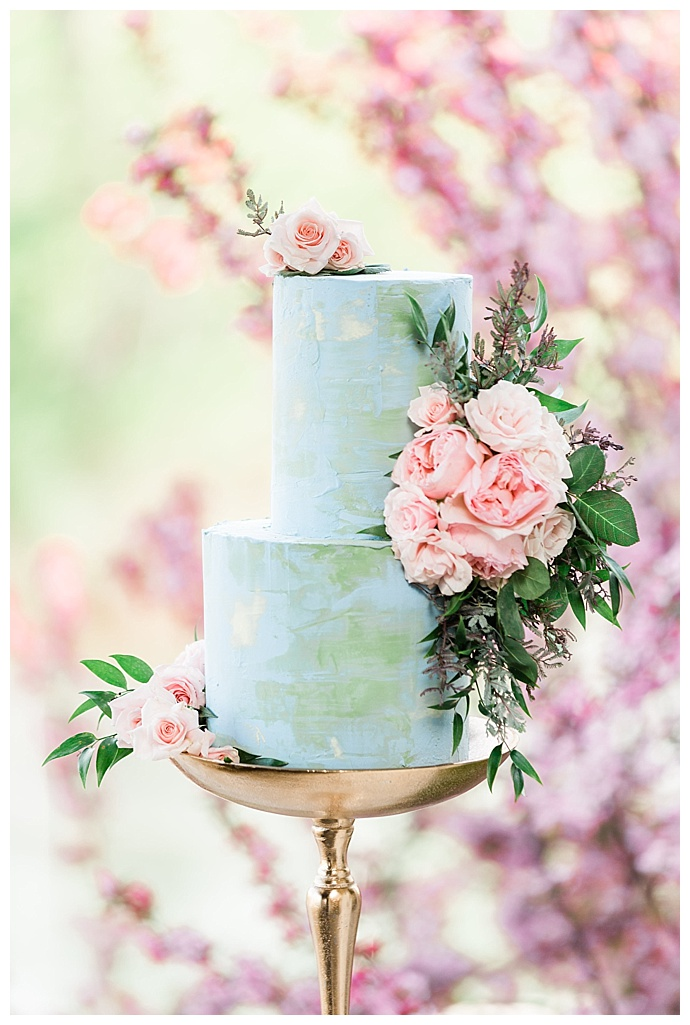 pastel-blue-wedding-cake-megan-mcgreevy-photography
