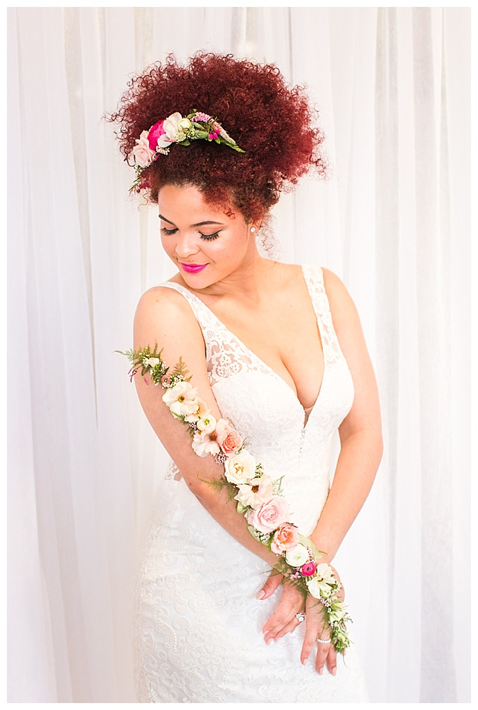 shaina-lee-photography-flower-arm-accessory