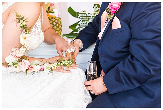 shaina-lee-photography-mrs-and-mrs-champagne-glasses