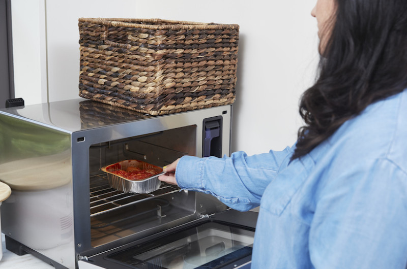 Image for This Affordable Smart Oven Will Change the Way You Cook