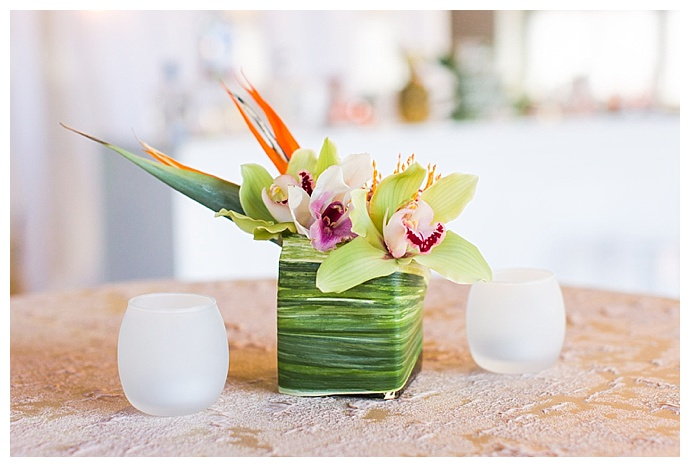 tropical-wedding-centerpiece-shaina-lee-photography
