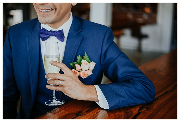 garden-roses-wedding-boutonniere-megan-blowey-photography