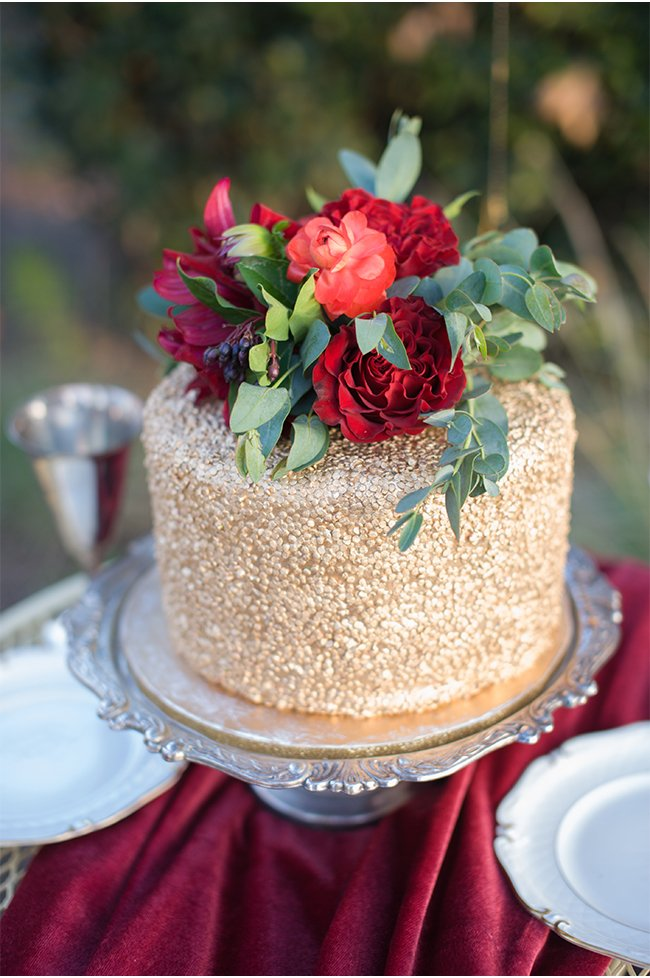 gold-wedding-cake-for-fall
