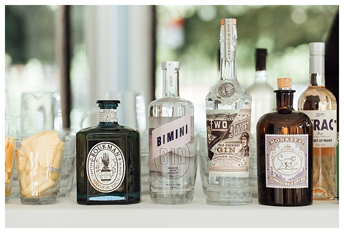 wilde-scout-photography-gin-bottle-wedding-decor