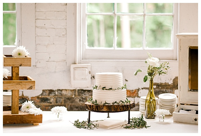 daphne-and-dean-rustic-dessert-table