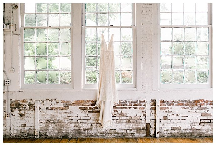 daphne-and-dean-the-lace-factory-connecticut-wedding