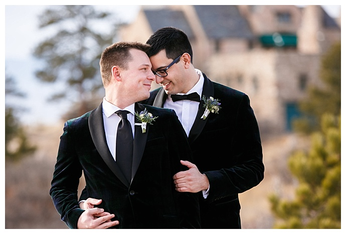 frances-photography-grooms-wearing-matching-outfits