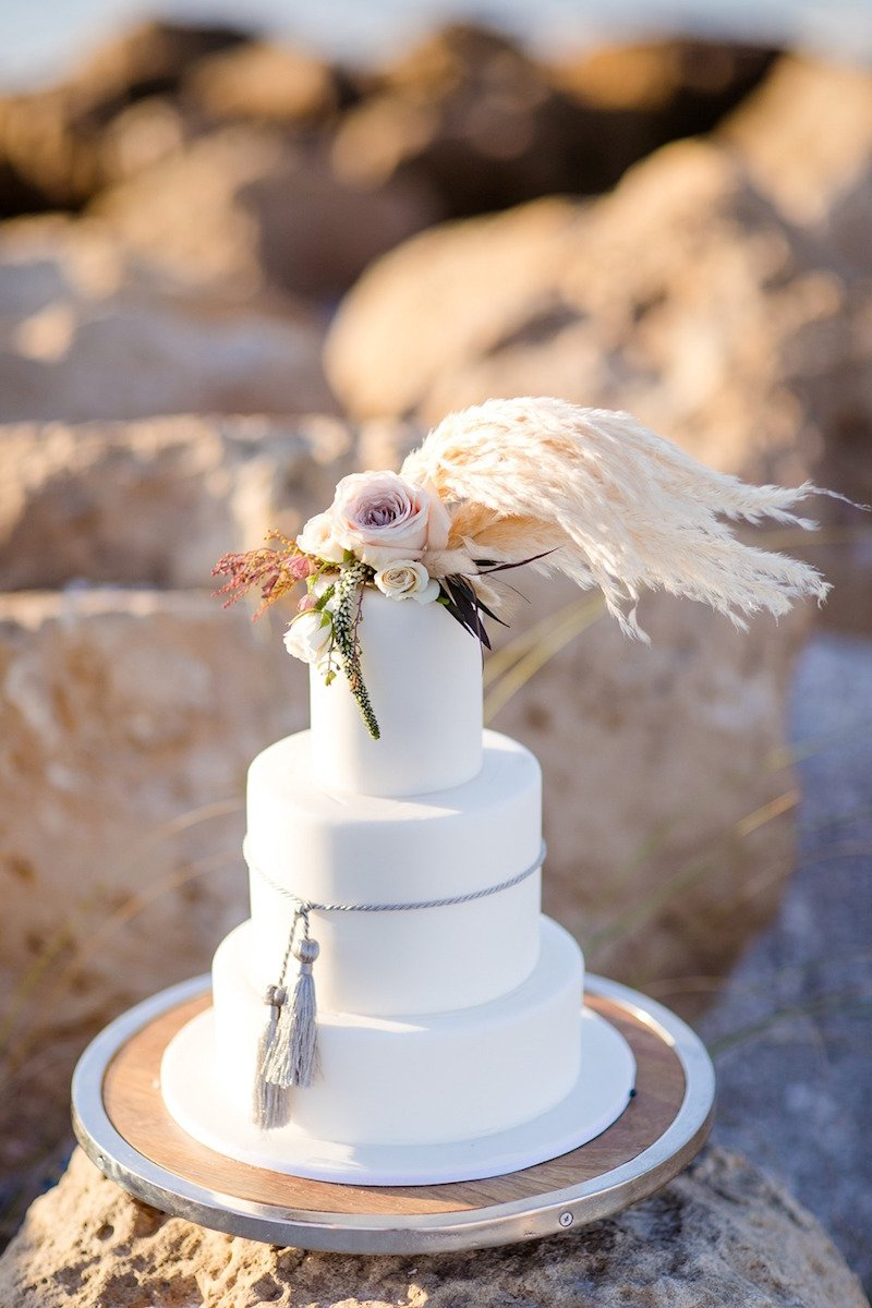 pampas-grass-wedding-cake-topper