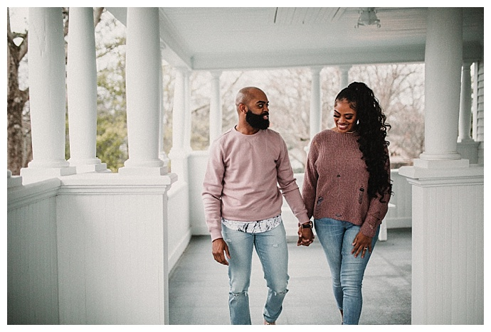 avonne-photography-casual-engagement-shoot-attire