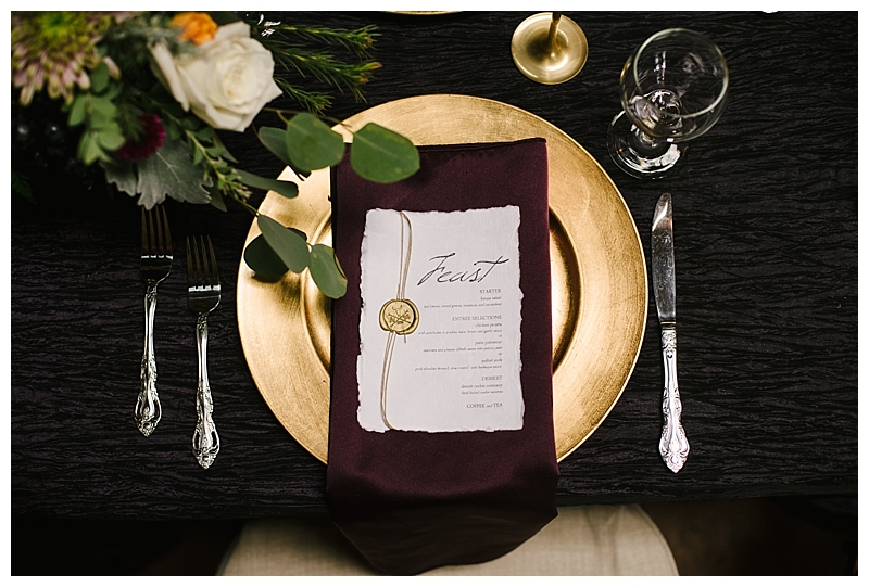 burgundy-gold-wedding-place-setting