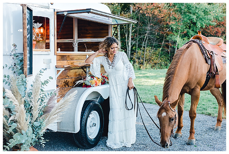 Mobile Bar Wedding Vendor in Maine