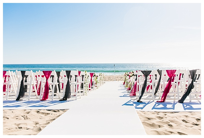 pink-beach-ceremony-decor-lily-tapia-photography
