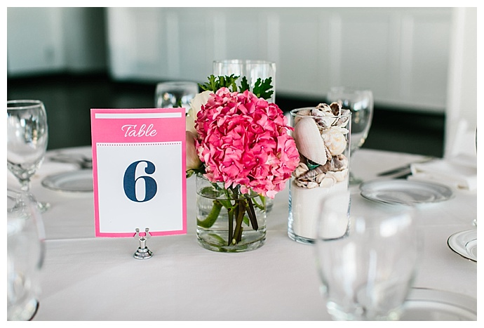 pink-table-numbers-lily-tapia-photography