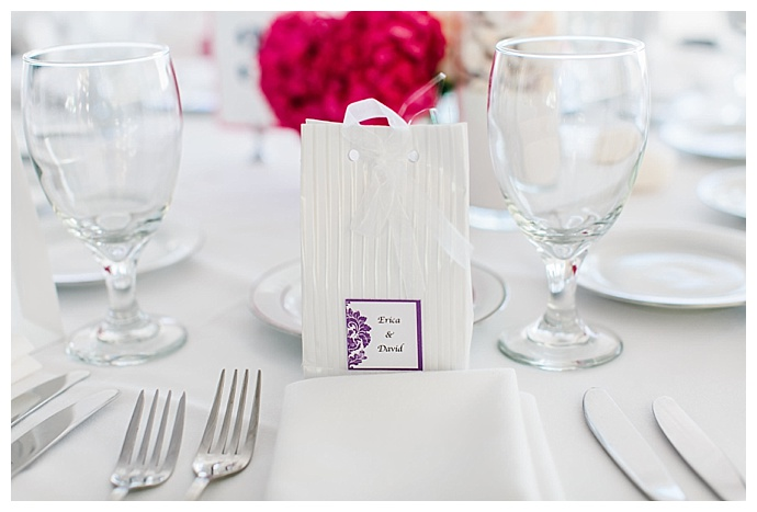 white-wedding-favor-bags-lily-tapia-photography