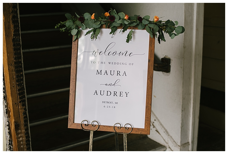 wooden-wedding-signage-with-eucalyptus