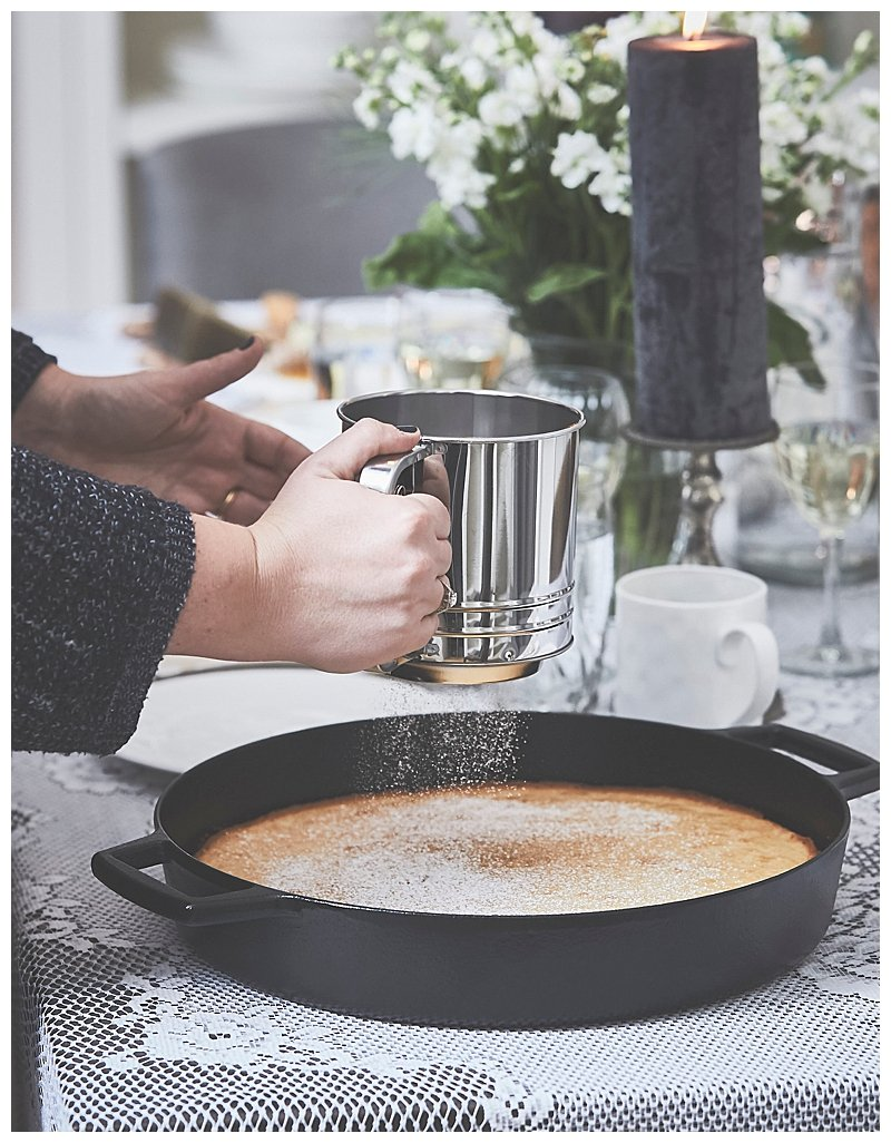 cast-iron-cake-dinner-party