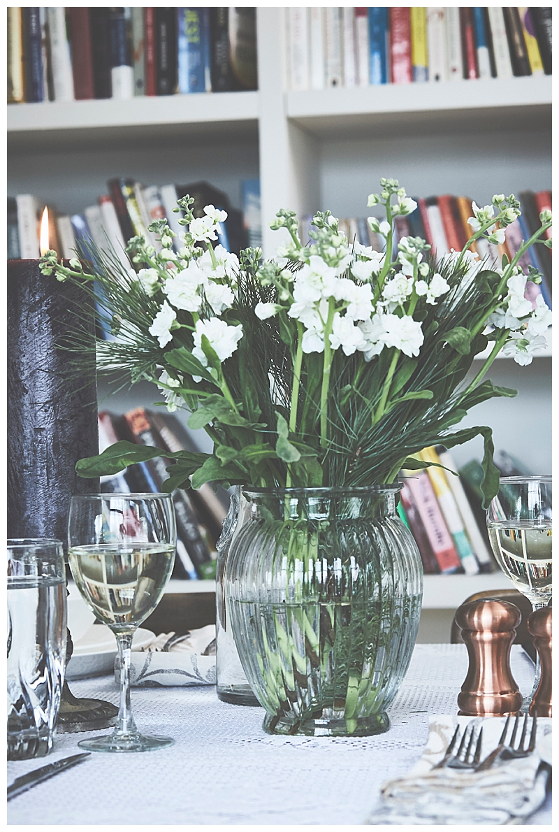 green-and-white-centerpiece