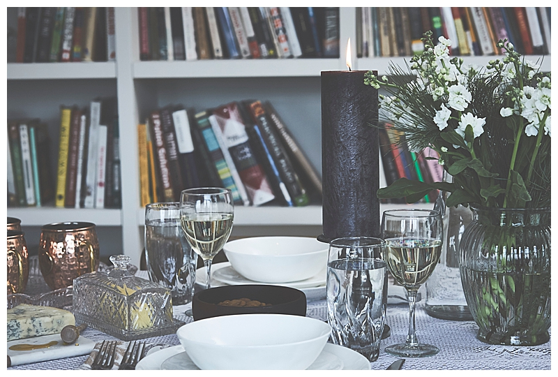 moody-dinner-party-tablescape-1