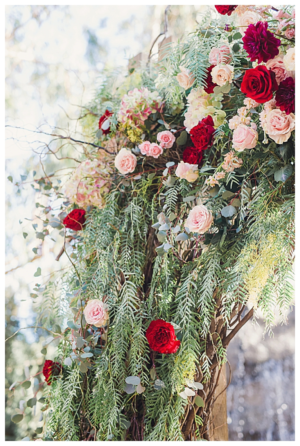 Red and Light Pink Wedding Flowers
