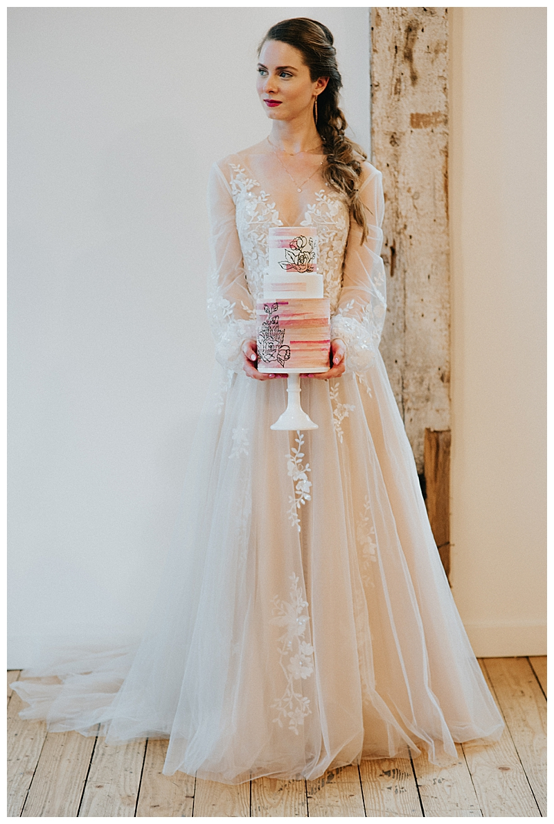 lace-wedding-dress-with-billowy-illusion-sleeves