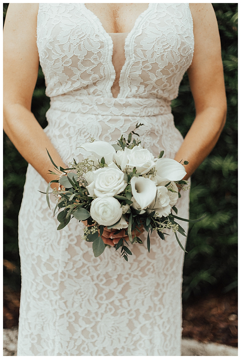 small-white-bouquet
