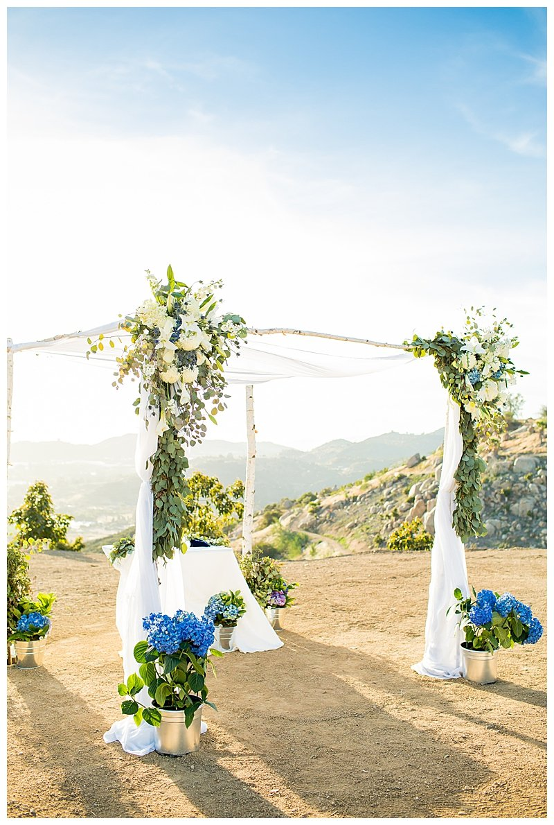 chuppah-with-blue-and-white-florals