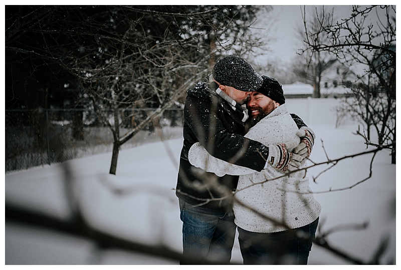 snowy-engagement-session-7
