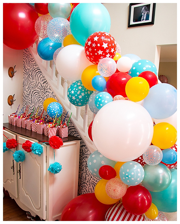 balloon-garland-stair-decor-birthday-party
