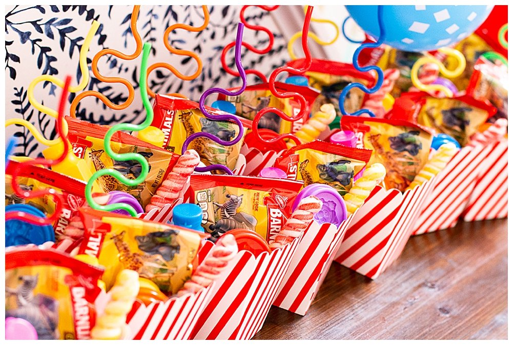 circus-themed-birthday-party-favors