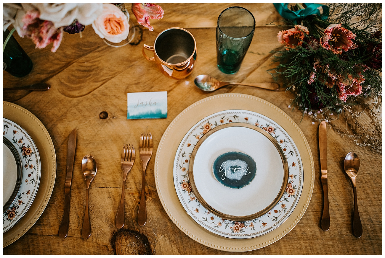jewel-toned-wedding-tabletop-inspiration